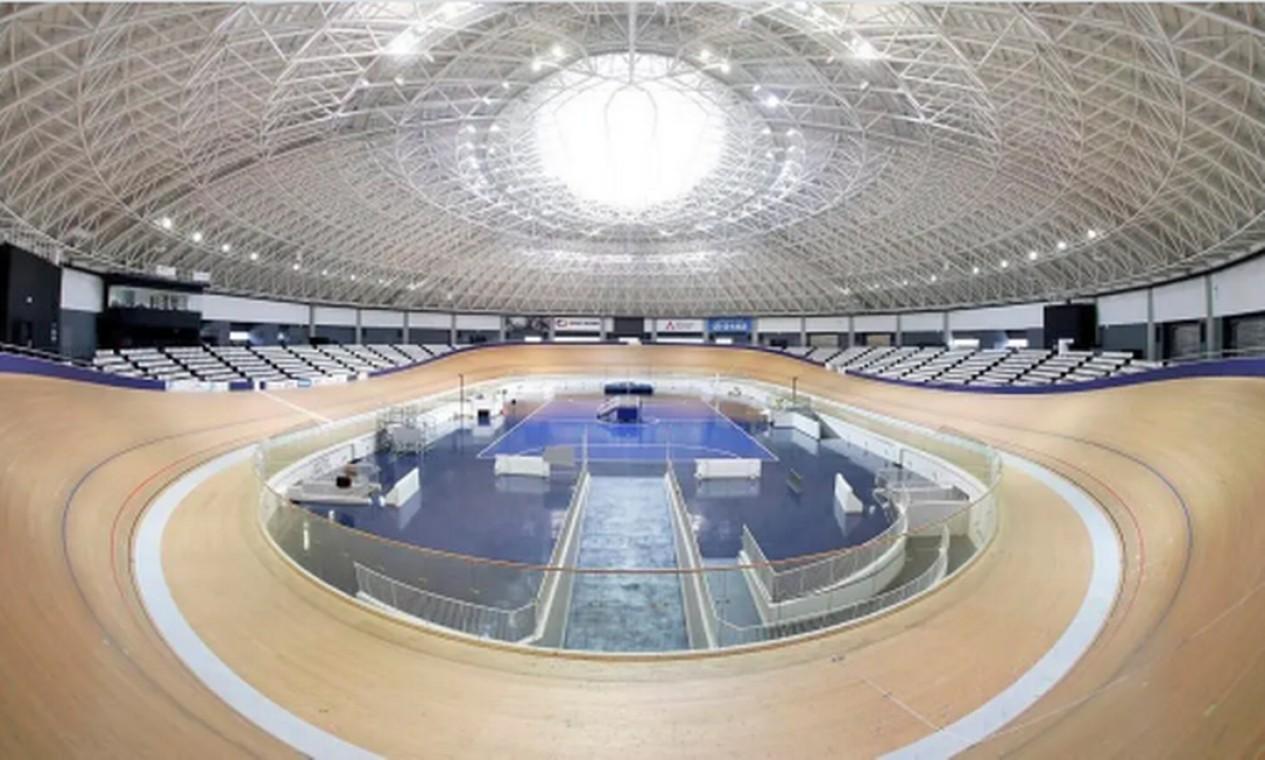 Localizado na cidade de Izu, o velódromo abriga uma pista de ciclismo de madeira de 250 metros. As provas da modalidade poderão receber 3.600 pessoas Foto: Divulgação