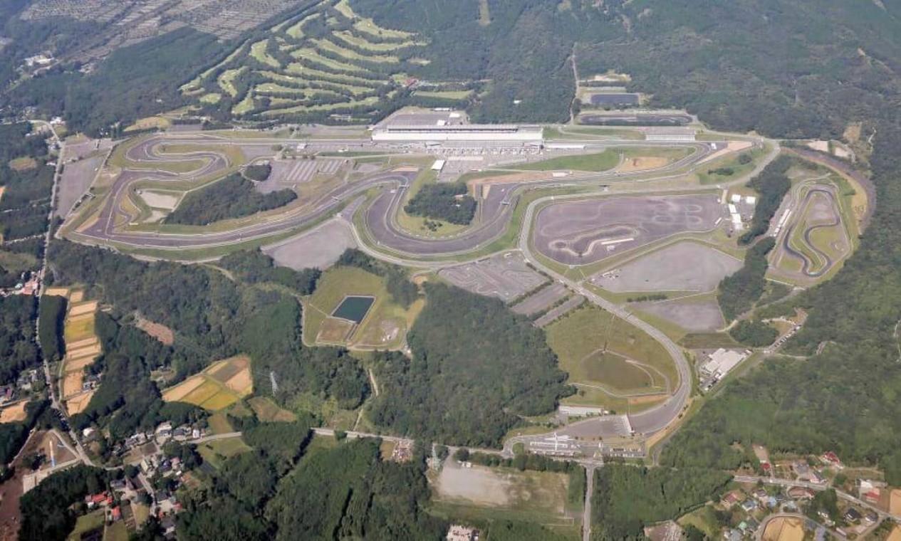 O Fuji International Speedway é o circuito mais próximo da área da Grande Tóquio. Com capacidade até 22 mil espectadores, receberá as provas de ciclismo de estrada. É palco do Grande Prêmio do Japão na Fórmula 1 Foto: Divulgação