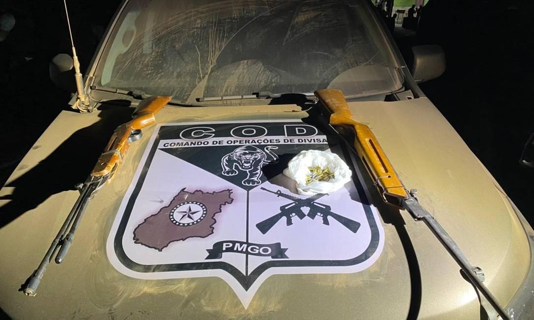 Armas e munição apreendidas com dupla que teria ajudado Lázaro Foto: Secretaria de Segurança Pública de Goiás / Divulgação