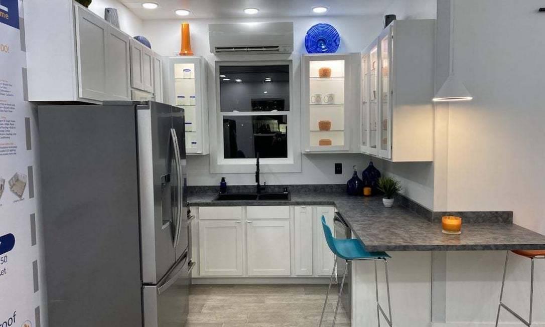 Casa pré-fabricada é chamada e Casita e possui sala, quarto, cozinha e banheiro Foto: Reprodução/Boxabl