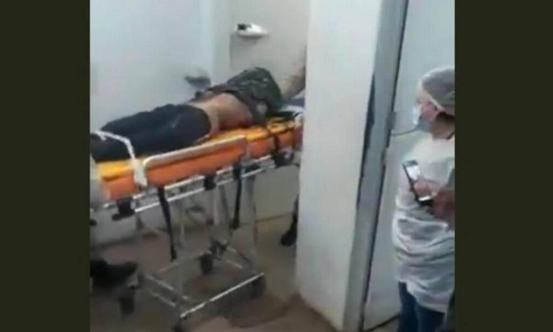 Chegada de Lázaro a hospital em Goiás Foto: Reprodução