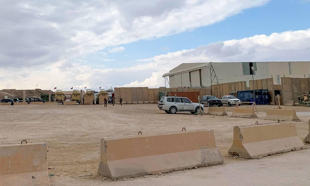 Base de Ain al-Asad, usada por forças estrangeiras no Iraque, em janeiro de 2020. Local é alvo recorrente de ataques de milícias pró-Irã Foto: AYMAN AL-AMIRI / AFP