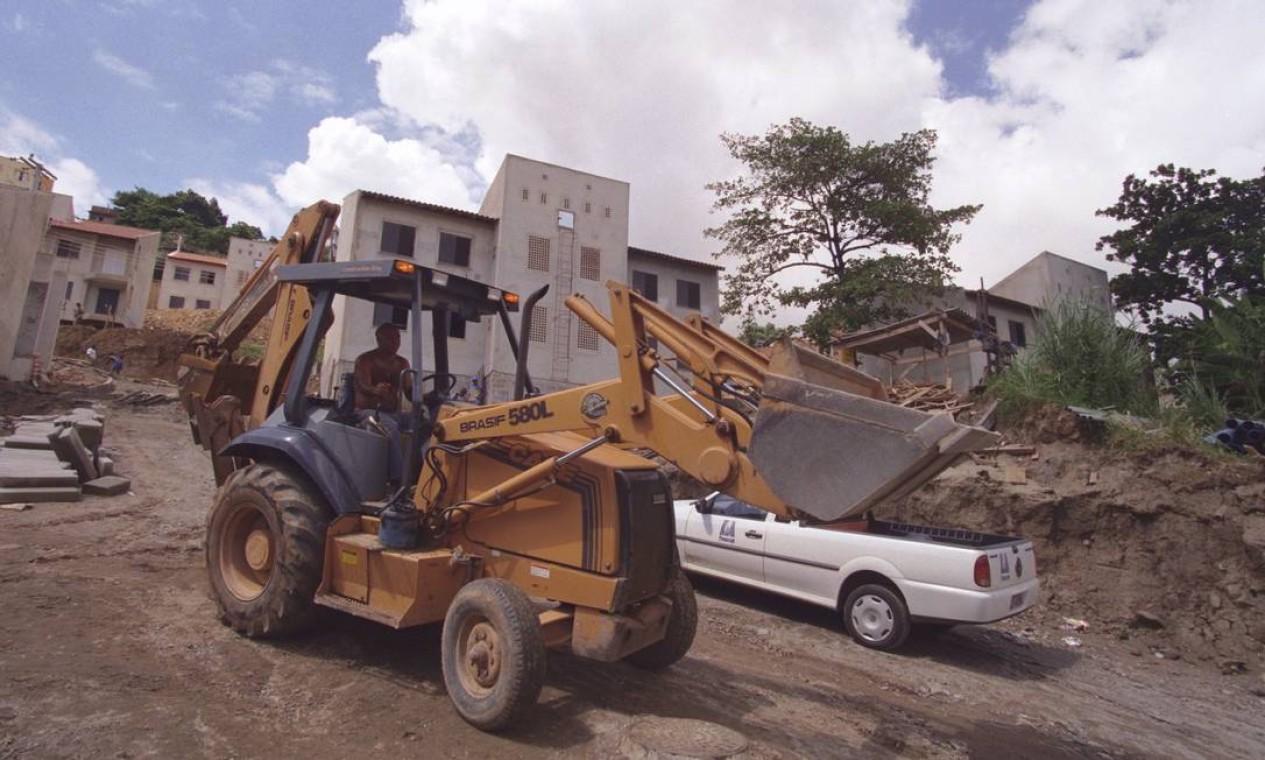 Intervenções de infraestrutura no Tuiuti, em São Critóvão, na Zona Norte Foto: Pércio Campos / Agência O Globo