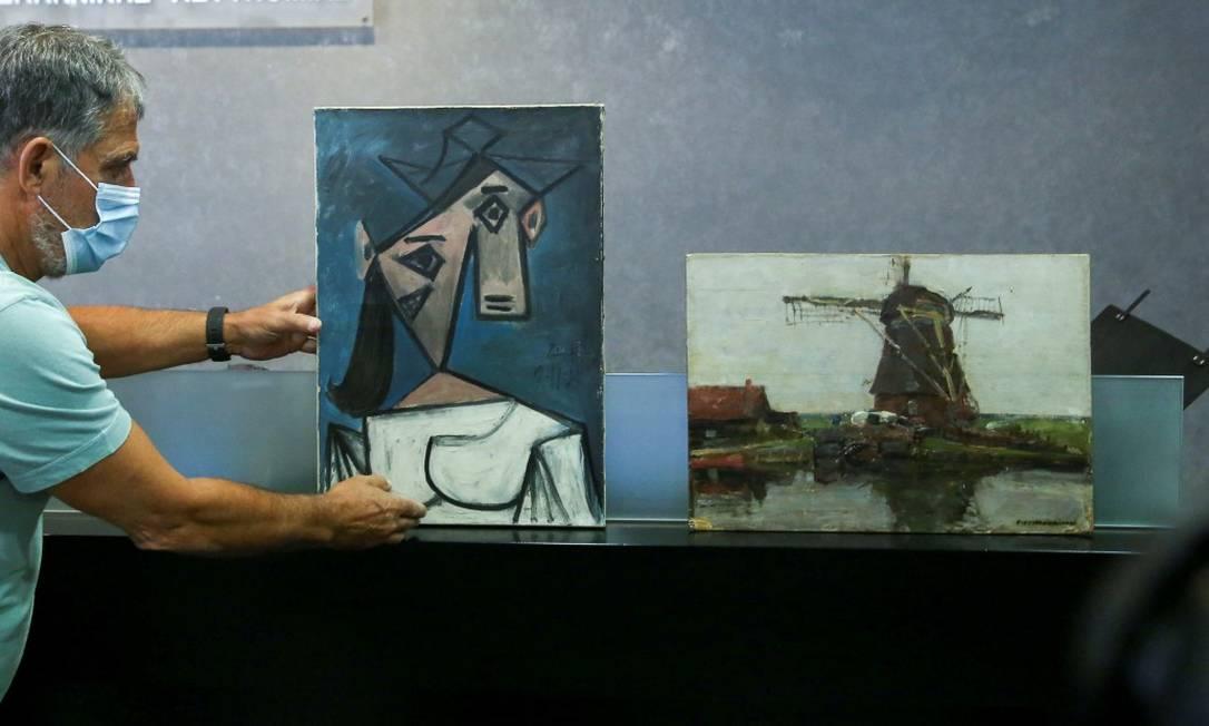 Quadros de Picasso e Mondrian foram roubados em 2012 na Grécia Foto: COSTAS BALTAS / REUTERS