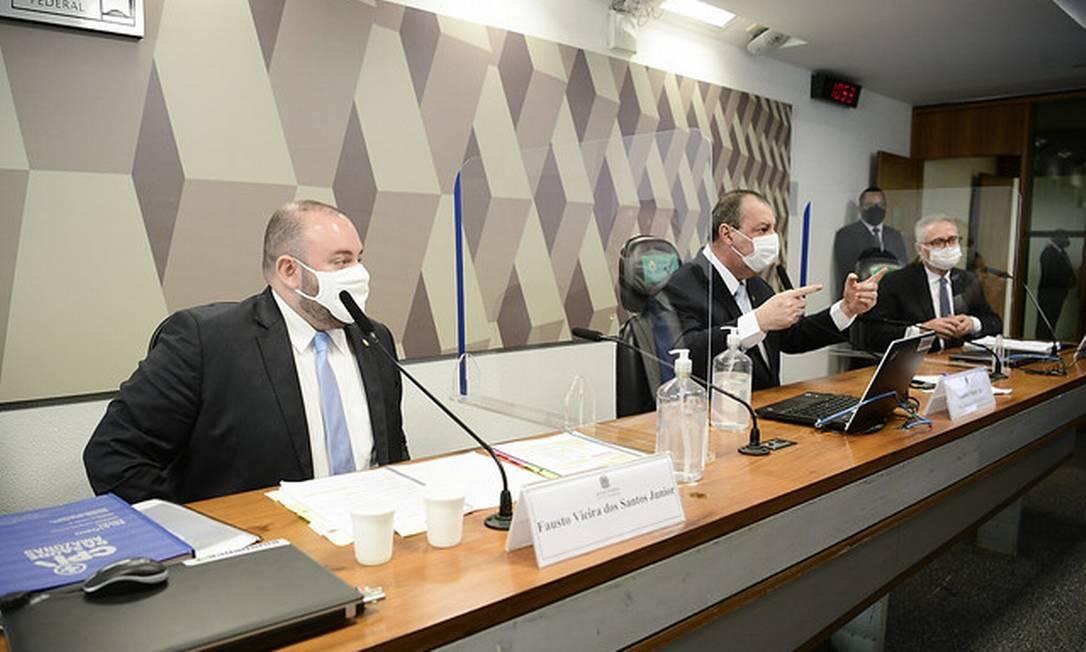 O deputado estadual do Amazonas Fausto Vieira dos Santos Junior (PRTB) presta depoimento na CPI da Covid, no Senado. Foto: Pedro França/Agência Senado