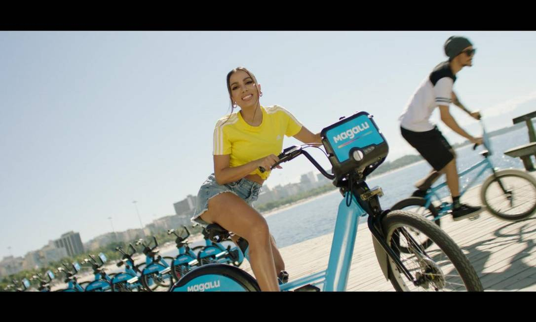 Anitta: estrela carioca vai estrelar campanha da chegada do Magalu ao Rio Foto: Divulgação