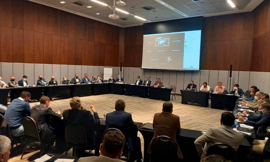 Reunião de dirigentes de clubes para a criação da Liga, em São Paulo Foto: Divulgação