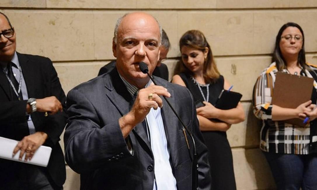 Dr Gilberto durante sessão na Câmara de Vereadores antes da pandemia da Covid-19 Foto: Divulgação
