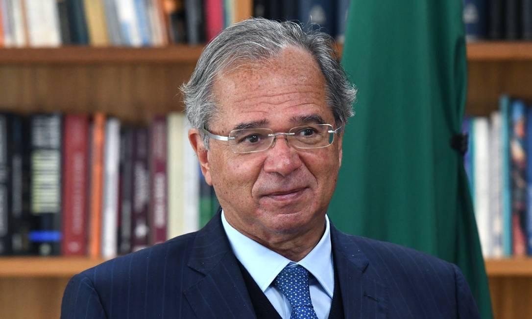 O ministro da Economia, Paulo Guedes, disse que prefere errar para uma redução da carga tributária do que para um aumento Foto: Edu Andrade / Ministério da Economia
