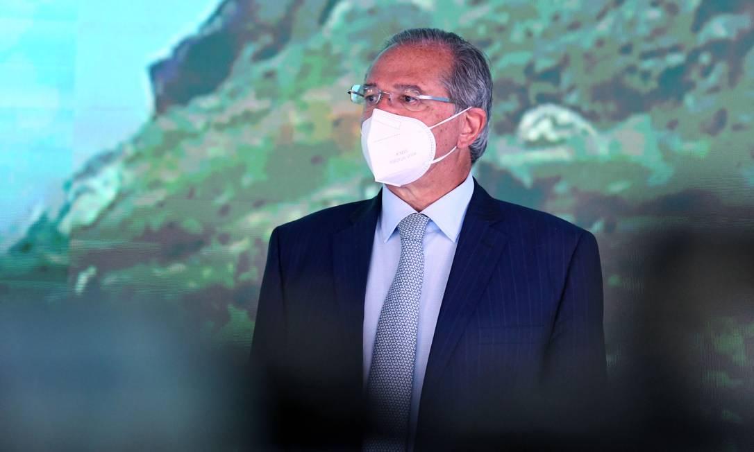 O ministro da Economia, Paulo Guedes, participou de homenagem ao ex-presidente do BC, Carlos Langoni Foto: Edu Andrade / Ministério da Economia