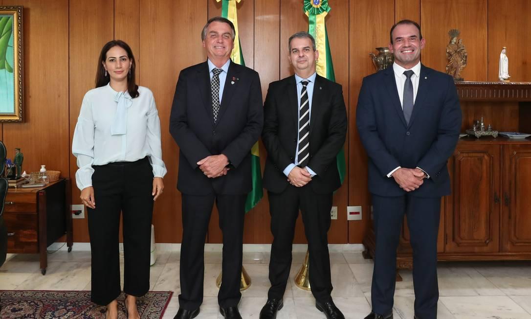 ANPR entrega lista tríplice para a PGR ao presidente Bolsonaro Foto: Isac Nóbrega/PR / Isac Nóbrega/PR