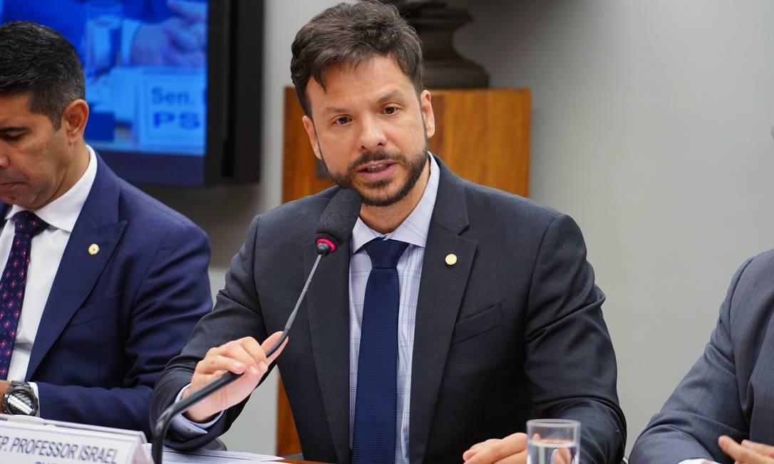 Deputado professor Israel Batista (PV-DF) é contra o voto impresso Foto: Pablo Valadares / Agência Câmara