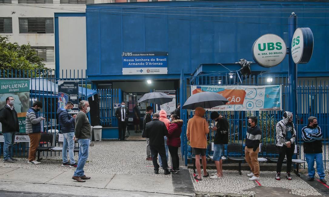 Vacinação contra a Covid-19 na UBS Nossa Senhora do Brasil, em Bela Vista, São Paulo Foto: Edilson Dantas / Agência O Globo