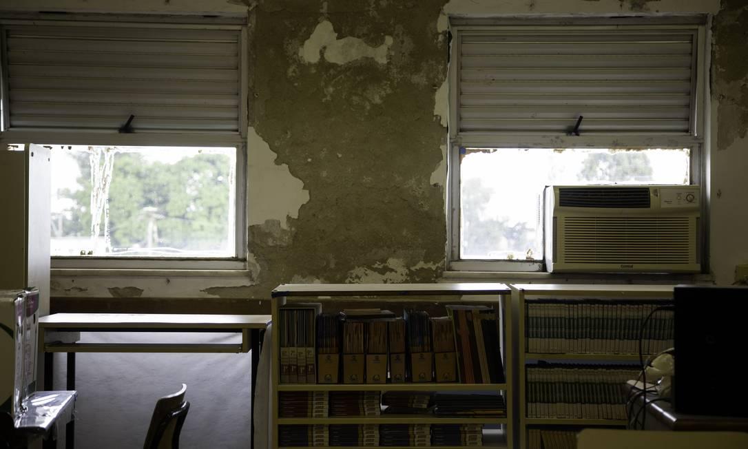Reforma da Escola Municipal Adalgisa Nery, em Santa Cruz, Zona Oeste do Rio Foto: Agência O Globo