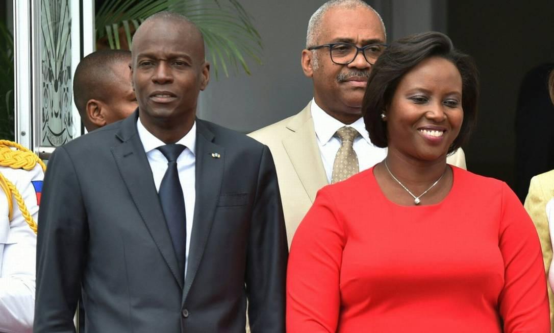 Martine Moïse, primeira-dama do Haiti, fotografada ao lado de seu marido, o presidente Jovenel Moïse, assassinado nesta quarta Foto: HECTOR RETAMAL / AFP/23-5-2018