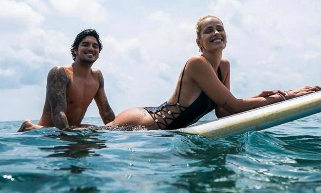 Medina e Yasmin; mulher de surfista foi barrada de Jogos Olímpicos Foto: Reprodução/Redes Sociais