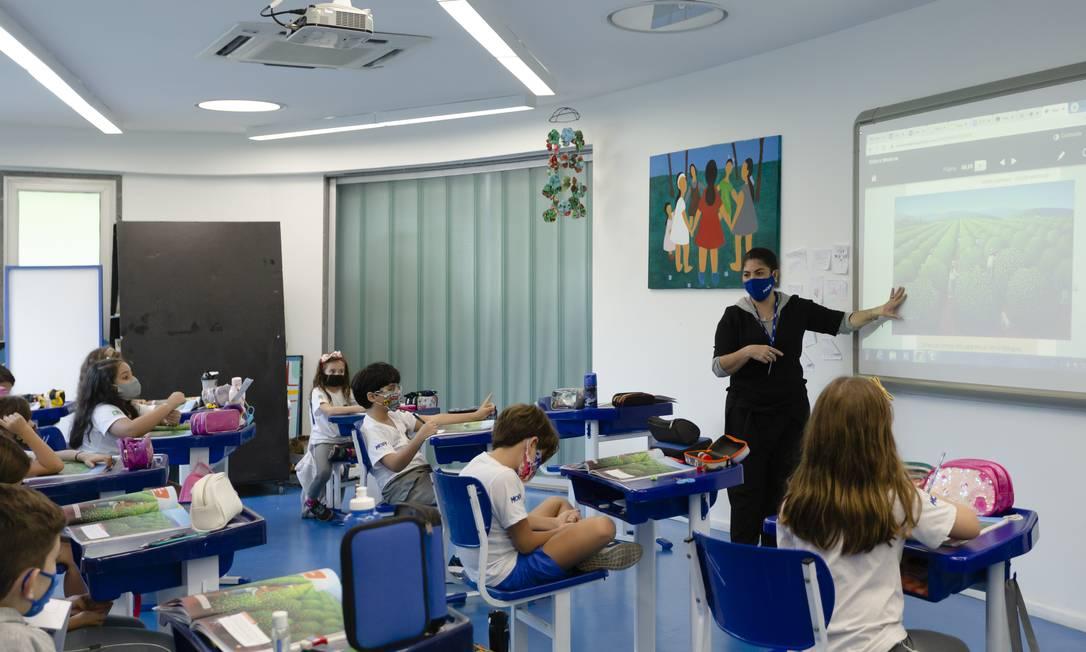 Sala de aula com distanciamento no colégio Mopi, no Itanhangá, Zona Oeste do Rio Foto: Leo Martins / Agência O Globo
