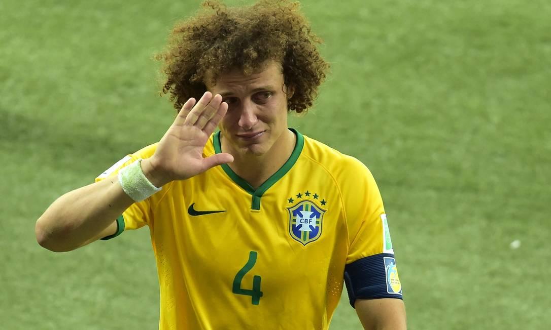 O zagueiro de 34 anos ficou marcado pelo choro após o 7 a 1 Foto: GABRIEL BOUYS / Agência O Globo