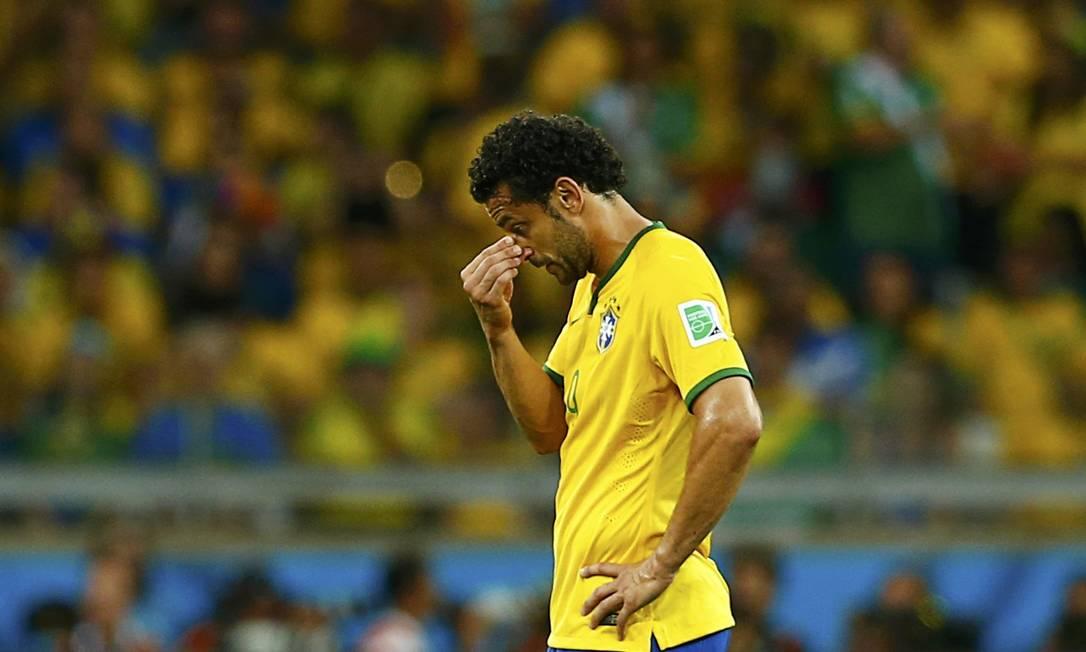 Um dos jogadores mais criticados da Copa, Fred era o centroavante titular de Felipão em 2014 Foto: EDDIE KEOGH / Agência O Globo