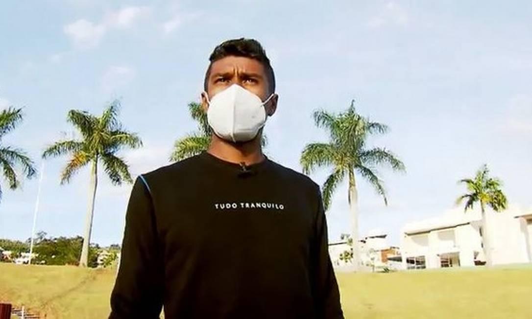 Aos 32 anos, Paulinho rescindiu há duas semanas o seu contrato com o Guangzhou Evergrande, da China. Enquanto é sondado pelo Corinthians, ele ainda pretende aguardar mais alguns dias pelo andamento do período de transferências da Europa. Enquanto isso, ele treina no interior. Foto: Reprodução