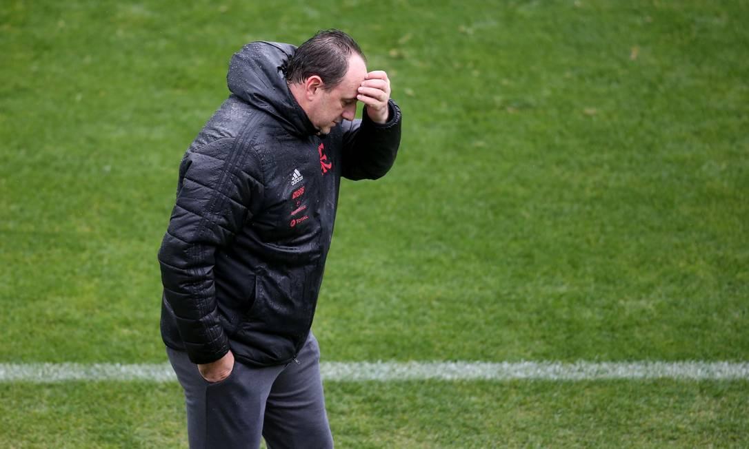 Rogerio Ceni foi demitido do Flamengo no meio da madrugada Foto: EDISON VARA / REUTERS
