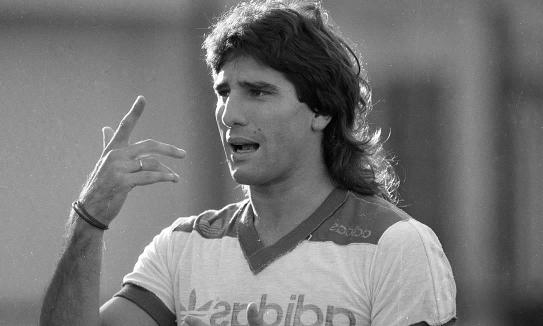 Renato Gaúcho durante treino do Flamengo em 1988 Foto: Otávio Magalhães / Agência O Globo - 03/03/1988
