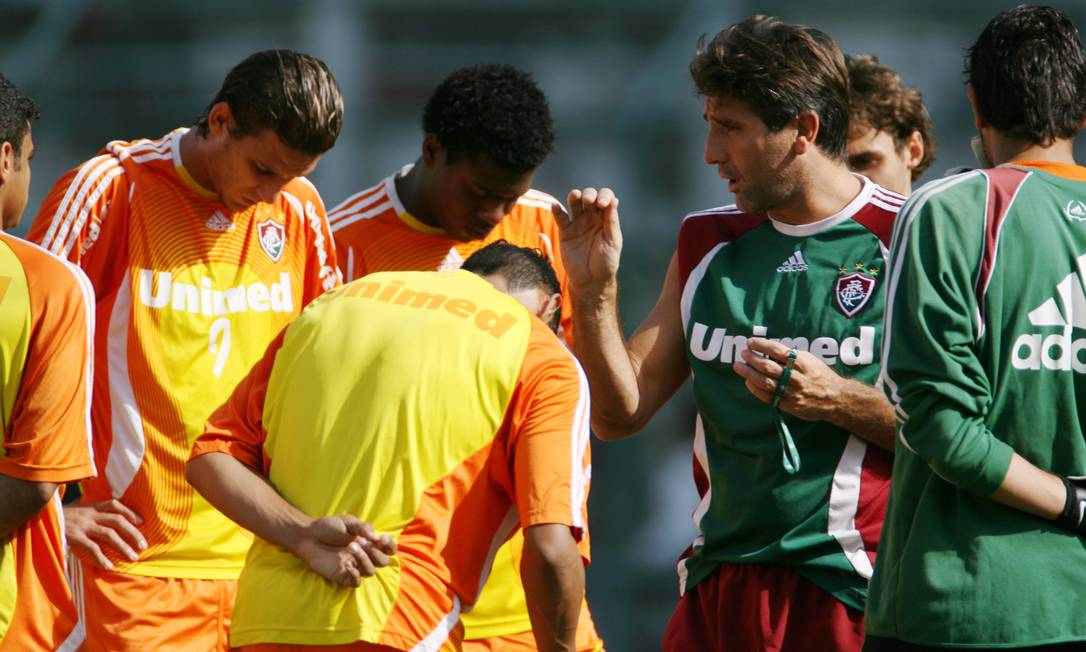 Treino do Fluminense nas Laranjeiras sob o comando do técnico Renato Gaúcho Foto: Jorge William / Agência O Globo - 01/06/2007