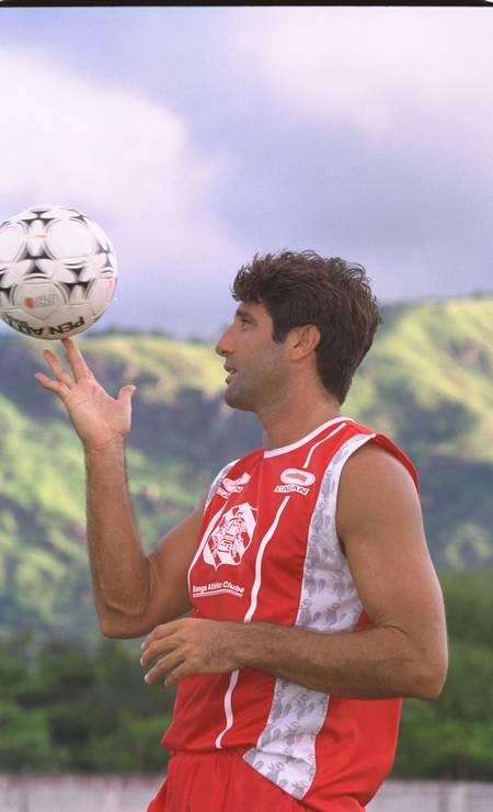 Renato Gaúcho comandou o Bangu em 1999 Foto: Pércio Campos / Agência O Globo - 03/03/1999