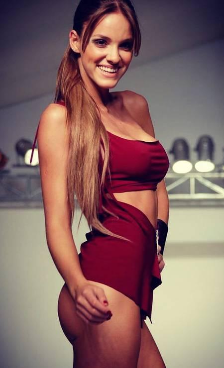 A modelo brasileira Nayara Vit Foto: Reprodução / Instagram