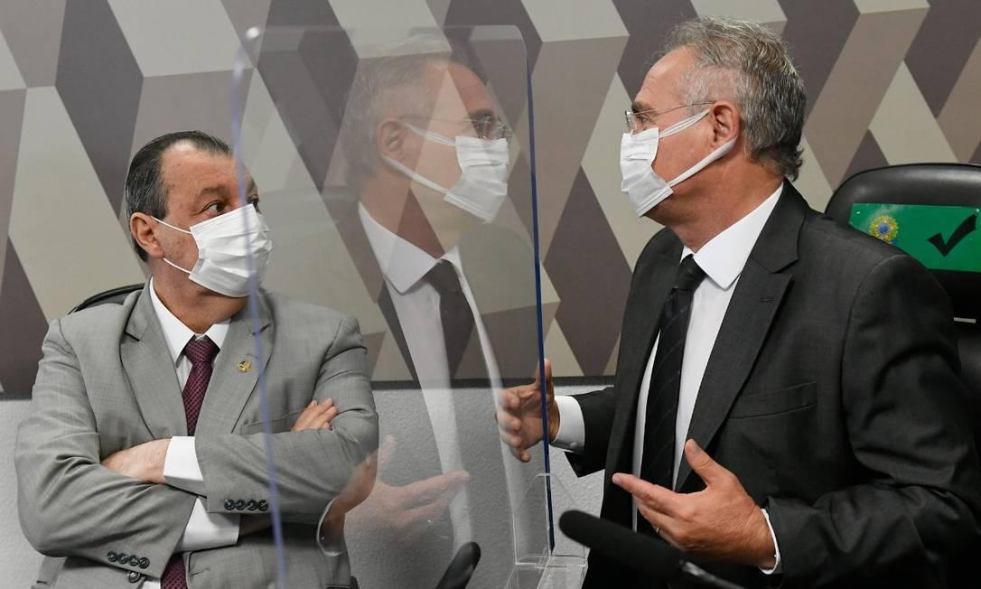 O presidente da CPI da Covid, Omar Aziz, e o relator, Renan Calheiros Foto: Jefferson Rudy/ Agência O Globo