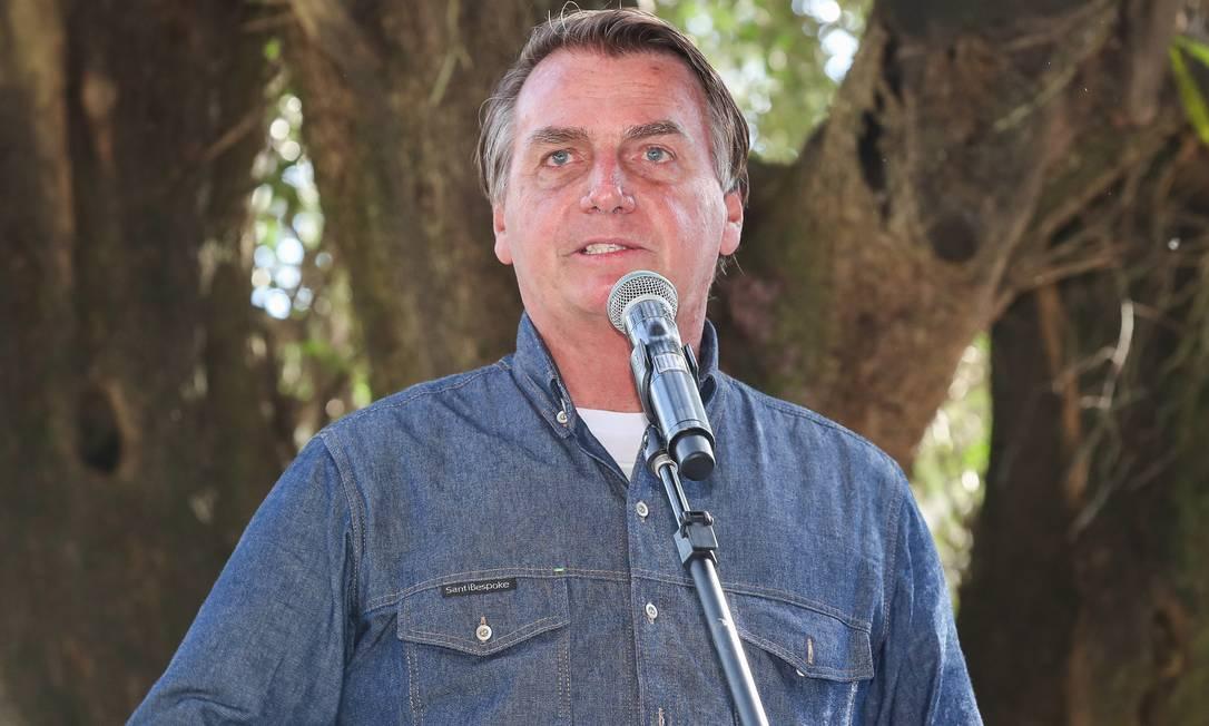 Presidente Jair Bolsonaro disse que a cobrança do PIS/Cofins vai passar para 27 centavos Foto: Isac Nóbrega/PR