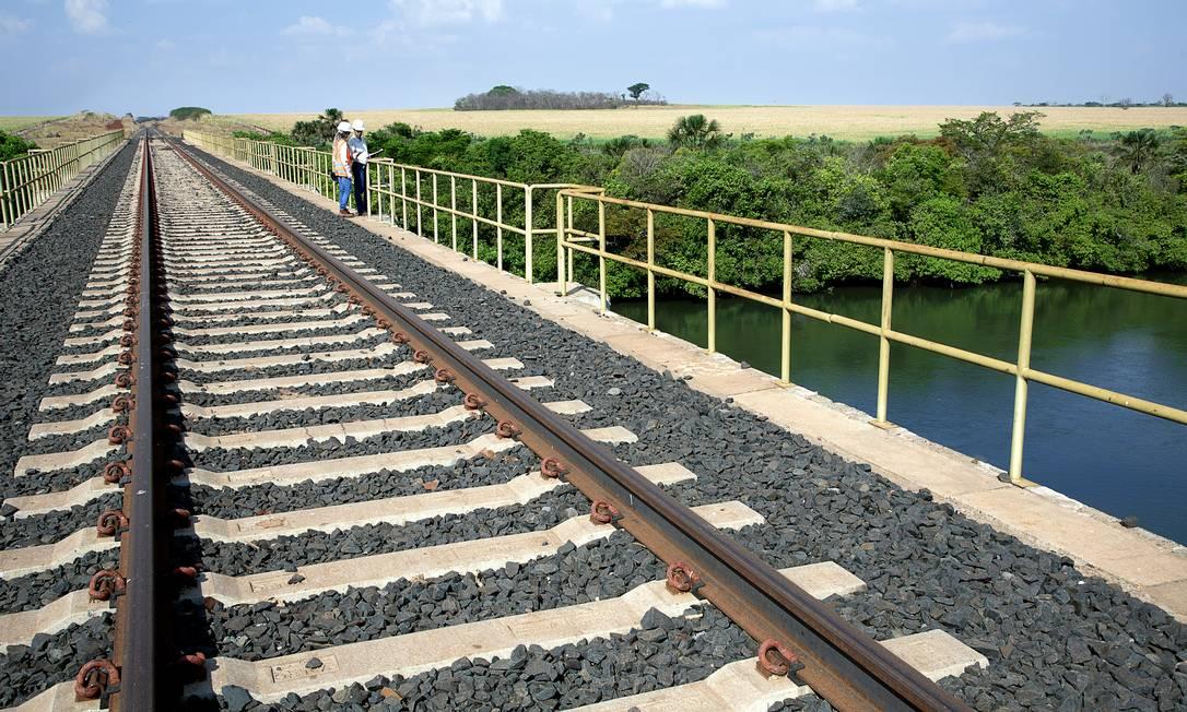 Ferrovia Norte-Sul Foto: Tina Coelho / Terra Imagem