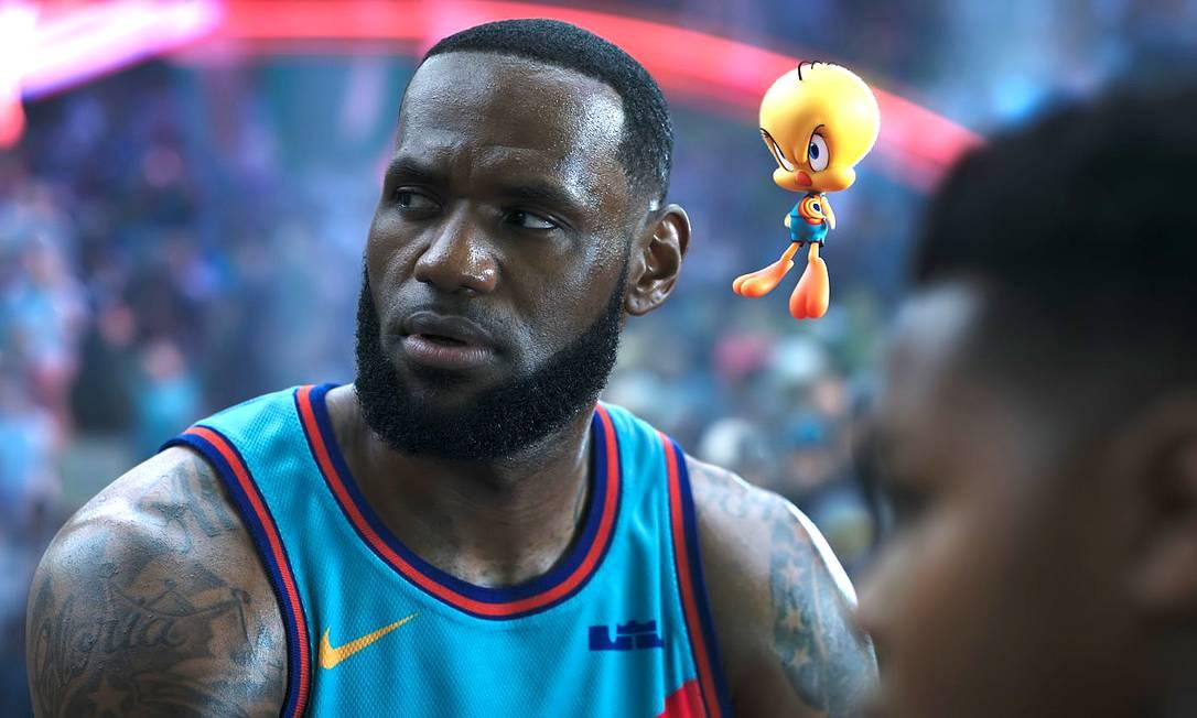 No longa, LeBron James vai para um mundo paralelo da Warner quando seu filho é sequestrado por uma inteligência artificial. Foto: Divulgação