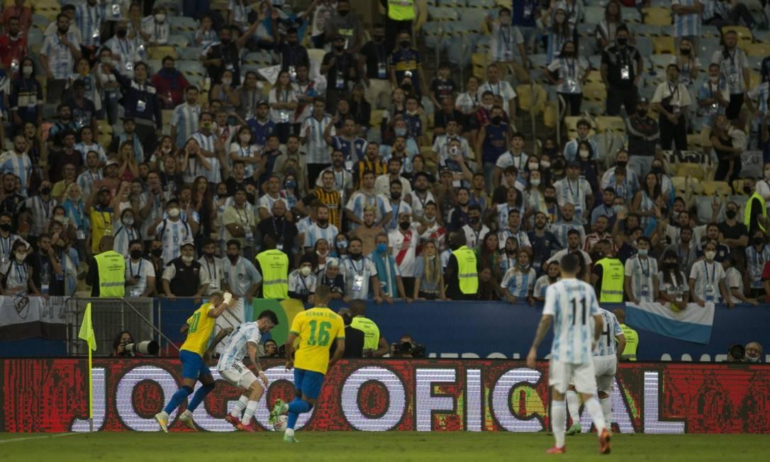 Prefeitura multou a Conmebol por irregularidades na final da Copa América entre Brasil e Argentina, que teve 10% do público Foto: Guito Moreto / Agência O Globo