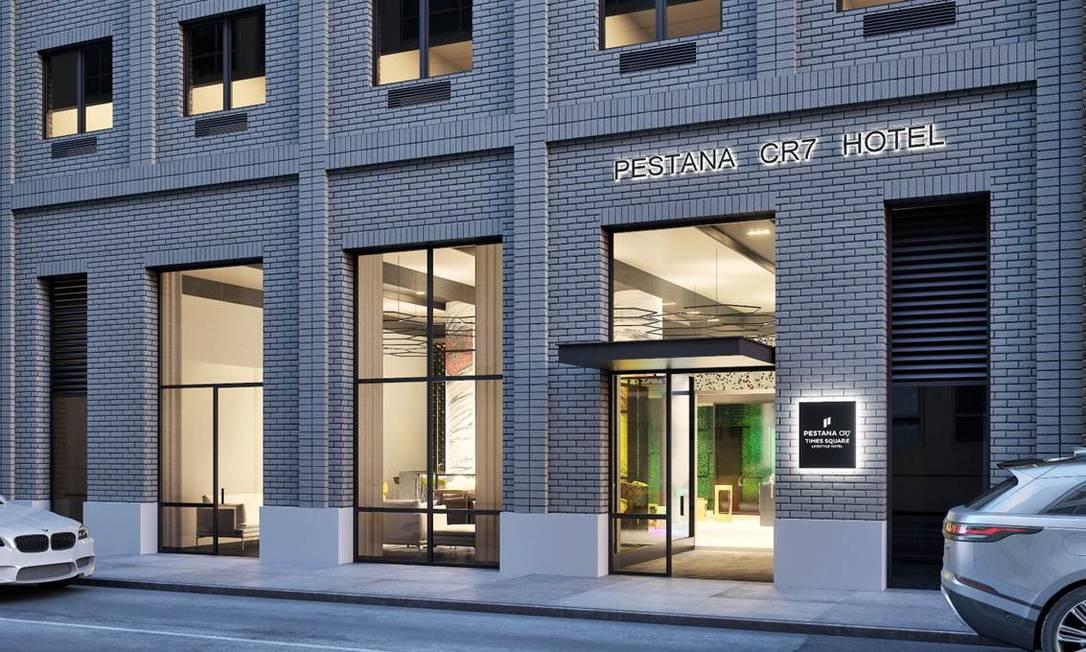 Fachada do Pestana CR7 Times Square, novo hotel da parceria entre Cristiano Ronaldo e o grupo Pestana, em Nova York Foto: Divulgação