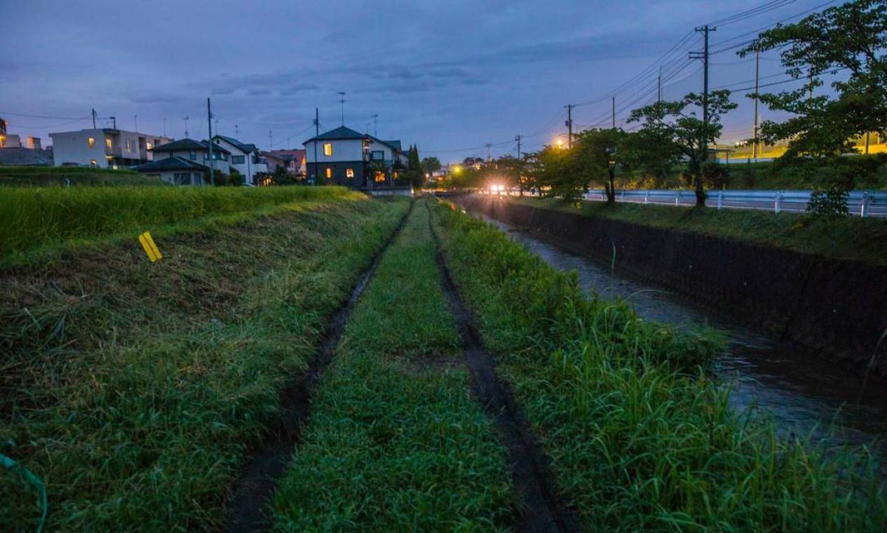 O caminho de terra em Sukagawa onde Tsuburaya costumava treinar Foto: Hiroko Masuike / The New York Times