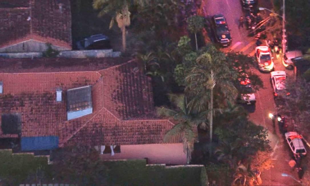 Condomínio onde três pessoas morreram em Cotia Foto: Reprodução/TV Globo