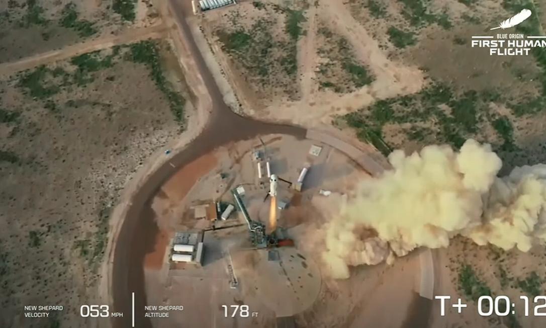 Foguete New Shepard decola às 10h12 Foto: Reprodução/Blue Origin