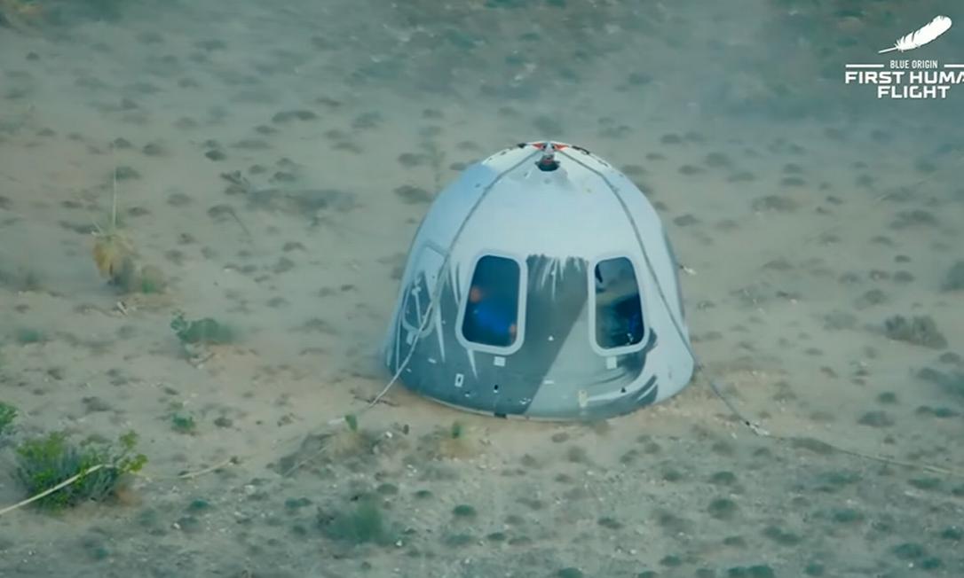 Cápsula da New Shepard aterrisa em deserto no Texas Foto: Reprodução/Blue Origin
