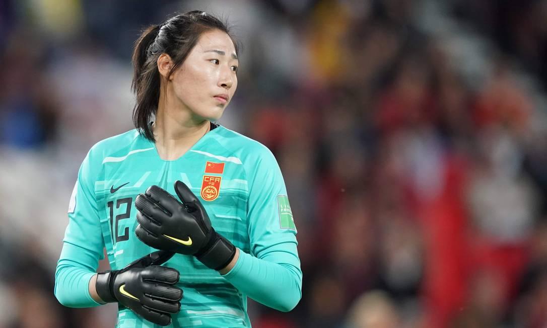 Goleira Peng deverá enfrentar o Brasil em Miyagi Foto: LIONEL BONAVENTURE / AFP