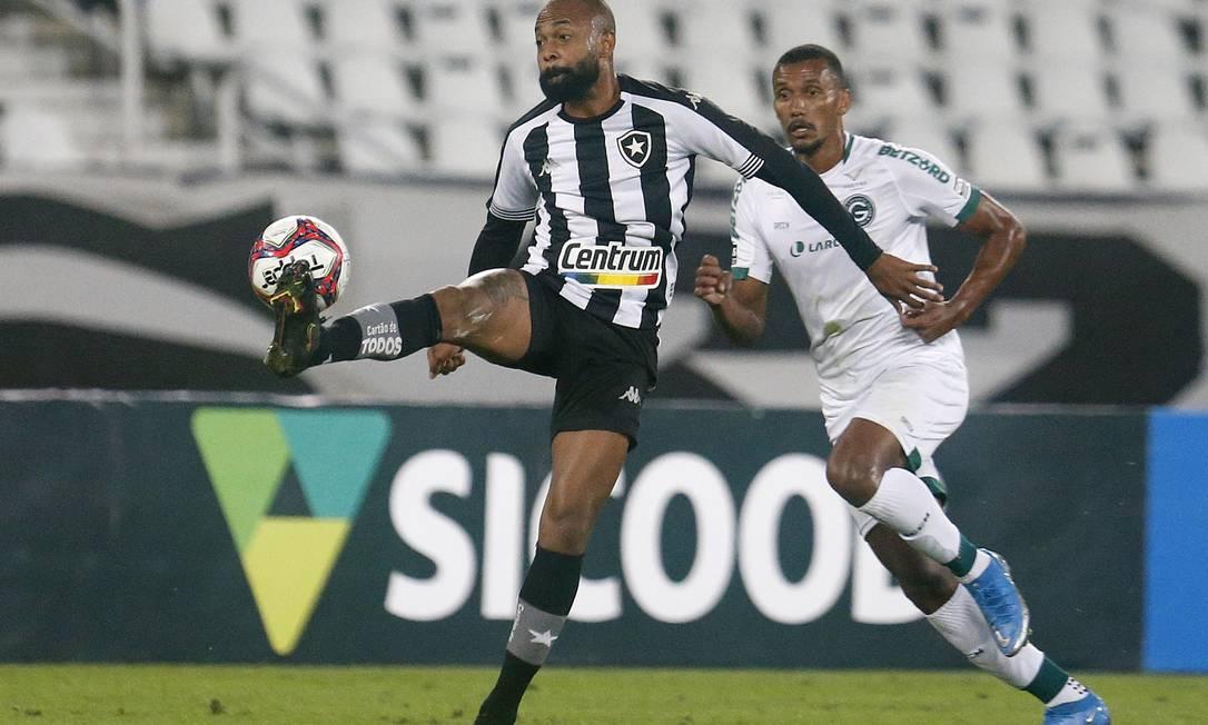 Chay foi um dos poucos que se salvou na derrota do Botafogo para o Goiás Foto: Vitor Silva/Botafogo