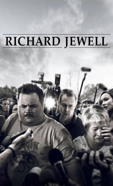 Dirigido por Clint Eastwood, 'Richard Jewell' teve lançamento em 2019 e retrata o atentado ao Parque Olímpico do Centenário de 27 de Julho durante ATLANTA-1996. Após o segurança que dá nome ao filme encontrar uma bomba no local e alertar as autoridades para a evacuação, ele passa a ser acusado de ter instalado o artefato. Foto: Divulgação