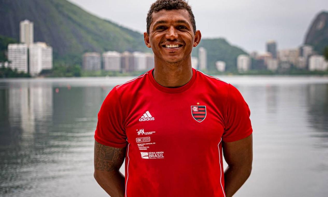 Com três medalhas olimpicas no Rio, em 2016, flamenguista Isaquias Queiroz é uma das maiores esperanças de pódio do Brasil em Tóquio. Foto: PAULAREIS / PAULAREIS