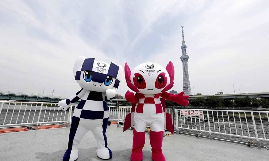 Miraitowa e Someity já podem ser visto por todos os lados em Tóquio Foto: Divulgação