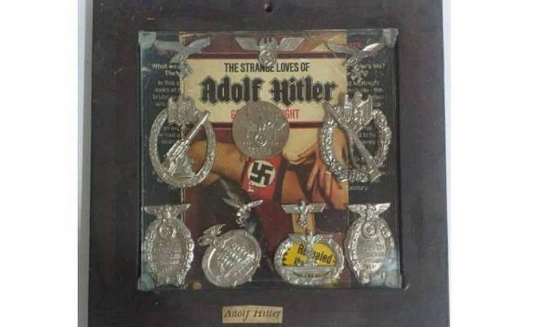 A obra com símbolos nazistas que seria leiloada virtualmente Foto: Reprodução