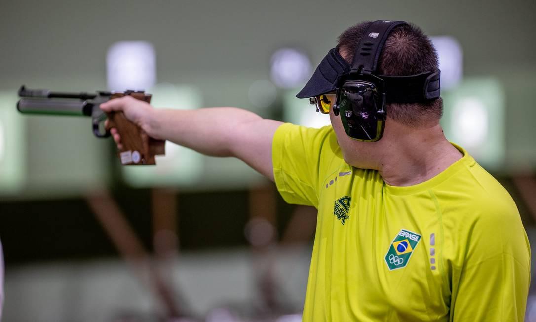 Felipe Wu não teve bom desempenho na prova de pistola de ar 10m dos jogos de Tóquio Foto: Miriam Jeske/COB