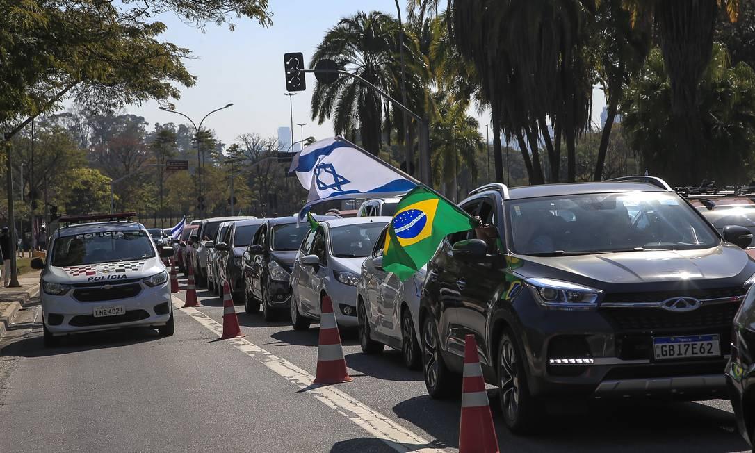 Carreata da tradicional Marcha para Jesus, organizada por igrejas evangélicas Foto: Edilson Dantas / Agência O Globo