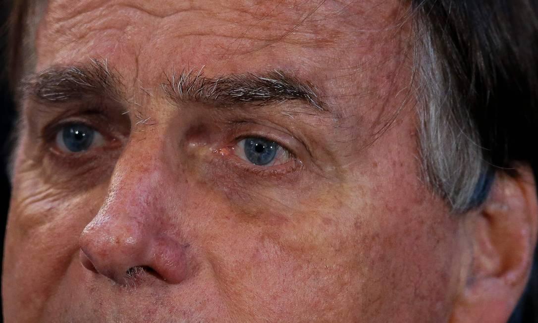 O presidente Jair Bolsonaro voltou a atacar as vacinas em fala a apoiadores Foto: MIGUEL SCHINCARIOL/AFP
