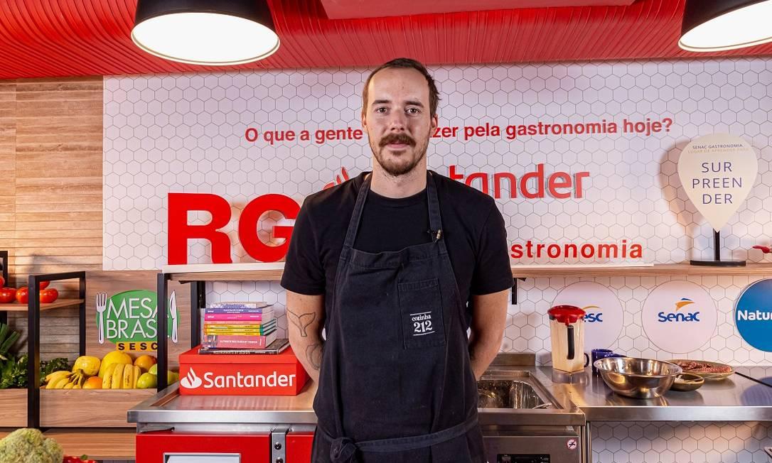 O chef Stefan Weitbrecht, do Cozinha 212 Foto: Divulgação