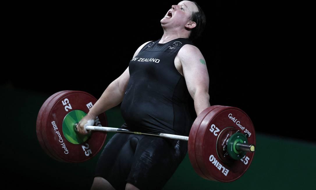 A neozelandesa Laurel Hubbard que vai competir no levantamento de peso Foto: ADRIAN DENNIS / AFP